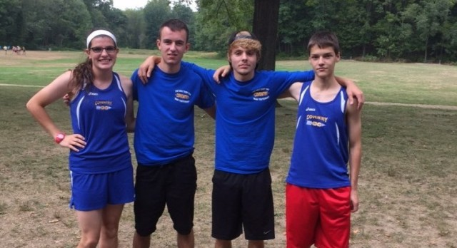 Cross Country Teams Excel at Tomahawk Invitational