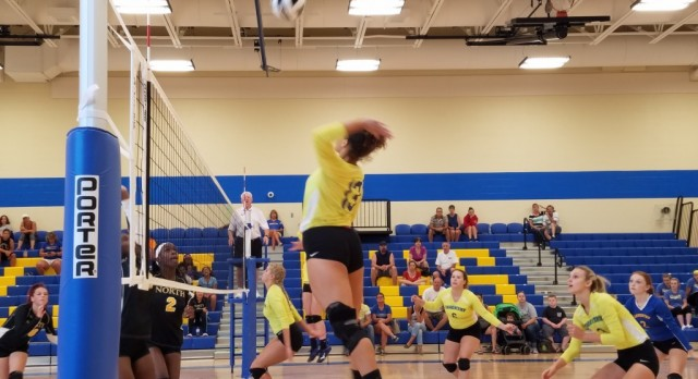 Volleyball Makes Quick Work of North in Home Opener