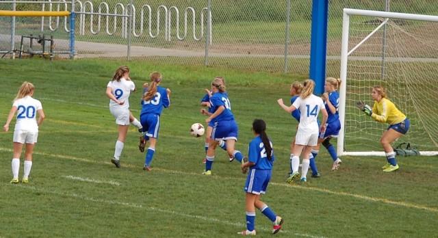 Girls Soccer Falls vs. Lake