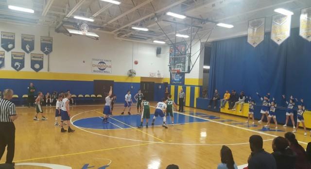 7th Grade Boys Basketball Defeats Cloverleaf