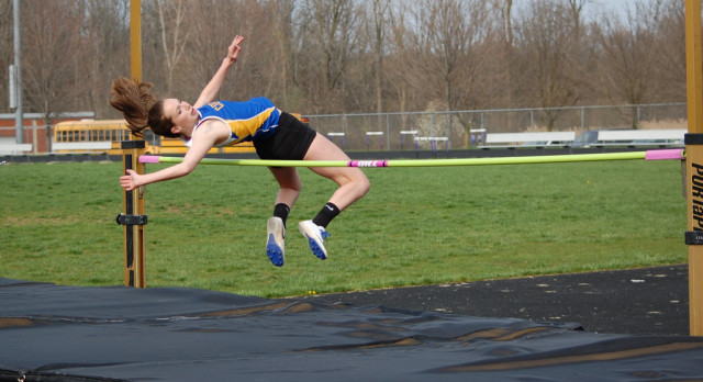 Track Teams Run Well at East Palestine Relays