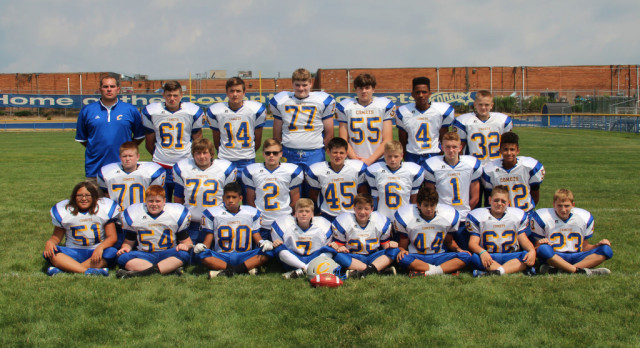 MS Football Routs Field