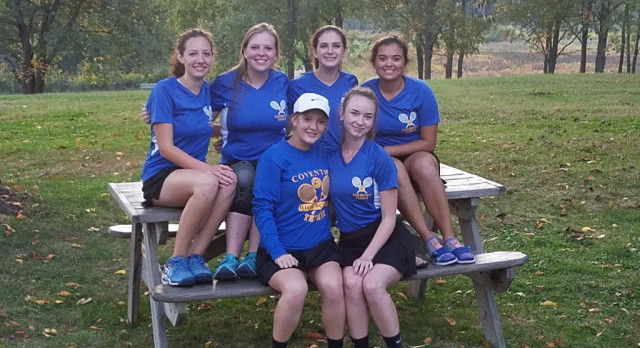 Tennis Drops Match to Manchester on Senior Night