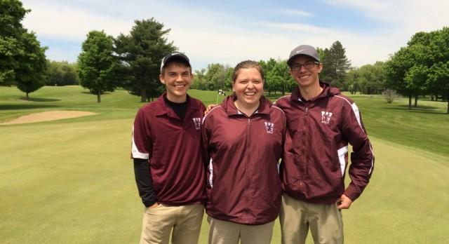 Golf Team Qualifies 3 for Regional Tournament!!