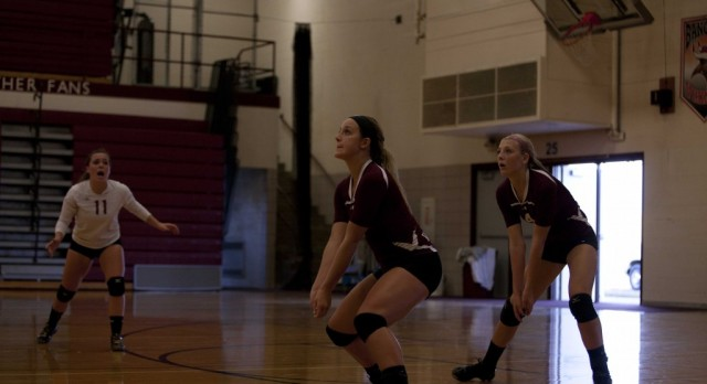 Watervliet High School Girls Varsity Volleyball beat Hartford High School 3-2