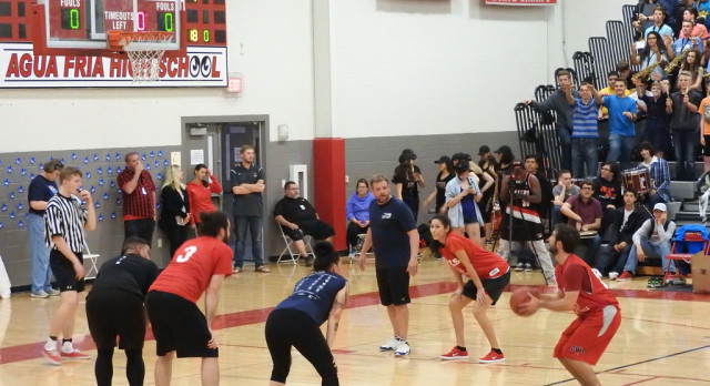 Teachers Tie Avondale Police In Charity Game