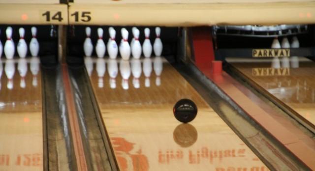Trenton JV & Varsity Bowling 4-0