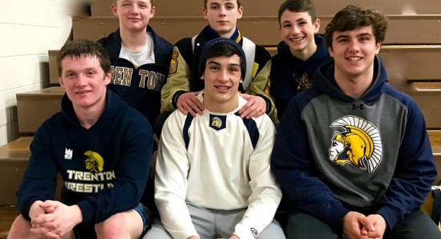 6 Wrestlers move on to the State Championship