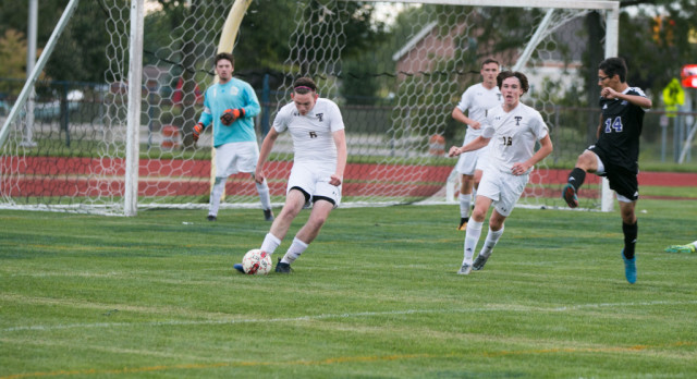 Boys Soccer Slogs Their Way Past Lincoln Park 18Sep17