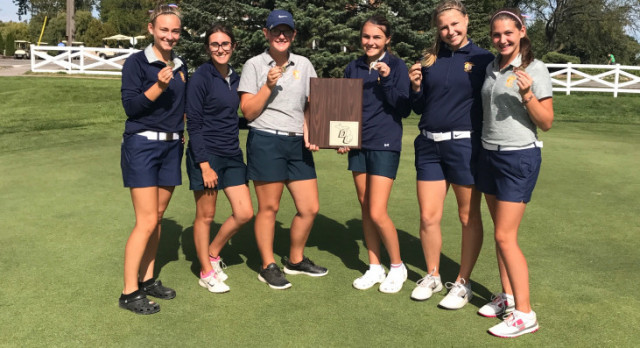 Trenton High School Girls Varsity Golf finishes 1st place