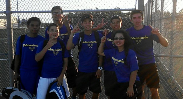 Falcon Tennis successful in first matches!