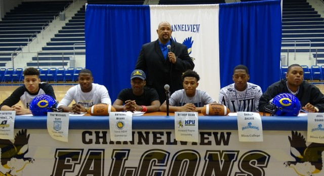 Falcon Football Players Sign Letter of Intent!!