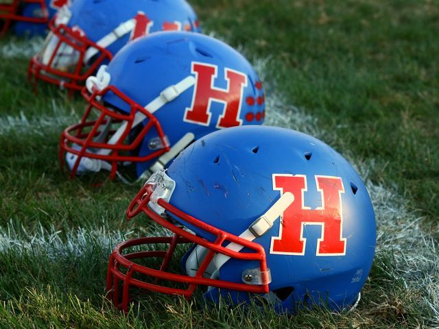 Highland 7th Grade Football beat Utica High School 32-6
