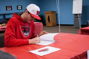 signingday (18 of 29)
