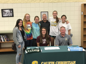 Kayleigh signs with Aquinas College