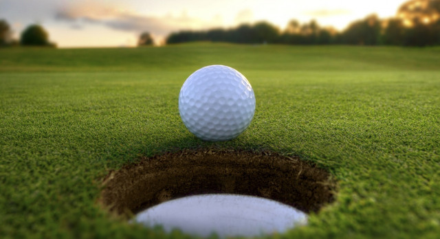 ARHS Varsity Girls' Golf Team Tryouts Extended