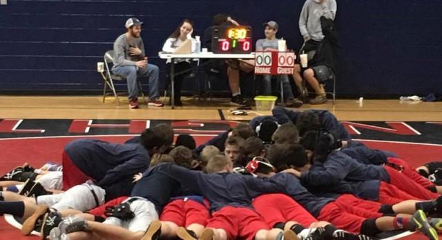 Powdersville High School Coed Junior Varsity Wrestling beat T L Hanna High School 36-12