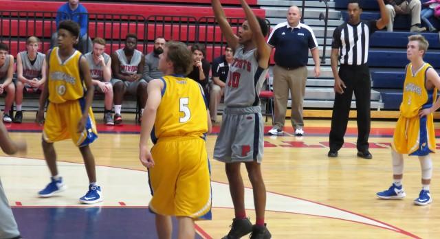Powdersville High School Boys Junior Varsity Basketball falls to Wren High School 37-31