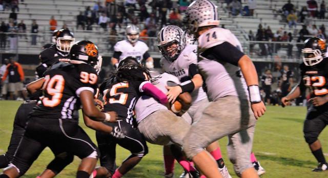 Powdersville High School Varsity Football beat Southside High School 21-13