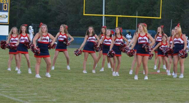 Powdersville Middle School Cheerleaders Back Patriots at Wren