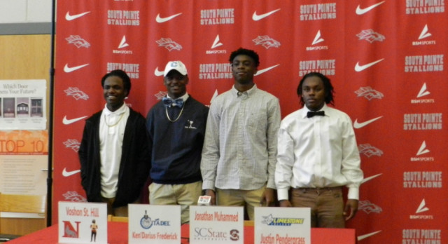 4 Student Athletes sign today