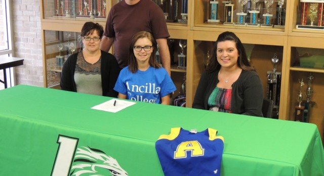 Stahly Commits to Ancilla College