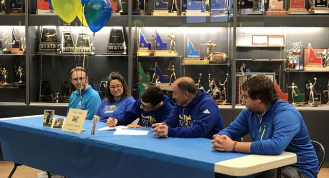 Twin Falls golf standout Gaspar signs with UMKC