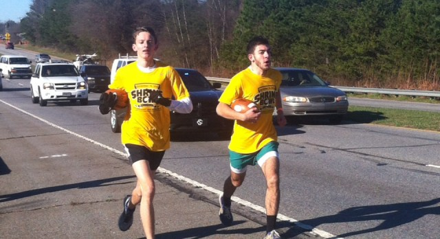 Theo Kahler participates in Shrine Bowl Run!