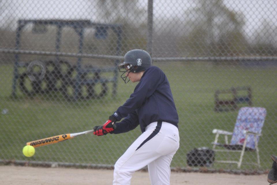 Cardinal Softball Makes Strides in Early Games