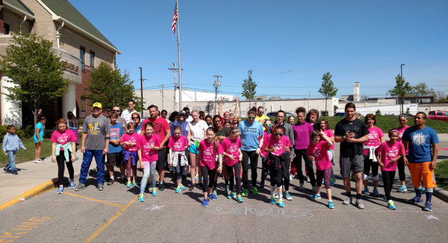 Start Track Athletes participate in Girls on the Run program at DeVeaux Elementary