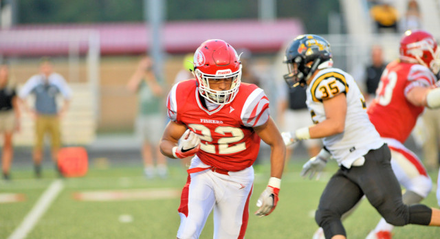 Fishers Upsets #4 Avon 35-28 on Homecoming