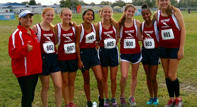 Girls Cross Country Qualifies for Regionals