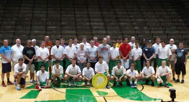Boys Tennis hosts Alumni Reunion