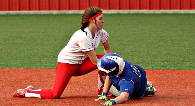 Lady Cardinals Sweep Doubleheader