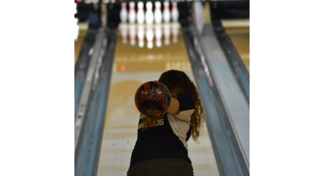 Fairmont Bowling Varsity Girls on a Roll