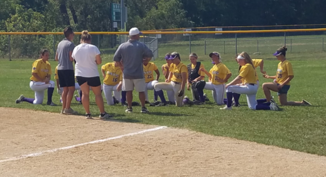 Softball dominates tournament with 5 wins in 2 days