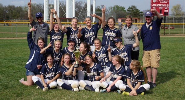 Girls Softball takes First at Richfield Tournament!