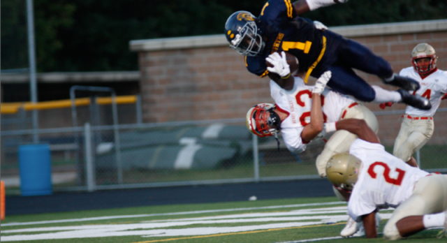 Mahtomedi High School Varsity Football beat Henry Sibley 63-28