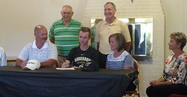Martin Signs to Golf at Anderson University