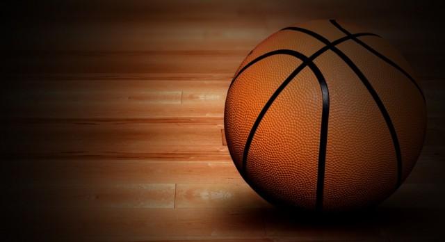 Girard High School Girls Varsity Basketball beat Labrae High School 46-45