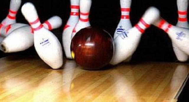 Girard High School Boys Varsity Bowling falls to Warren G Harding High School 0-1
