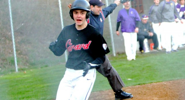 Girard High School Junior Varsity Baseball beat Hubbard High School 5-2