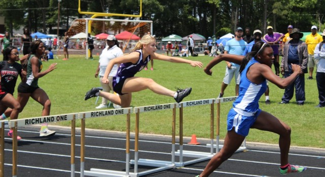Emerald Track Competes at AAA State Qualifier