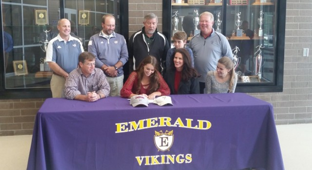 Anna Parramore Signs With Erskine College