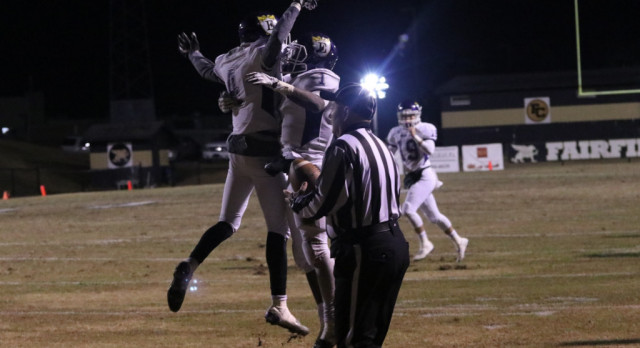 Emerald High School Varsity Football beat Fairfield Central High School 28-7