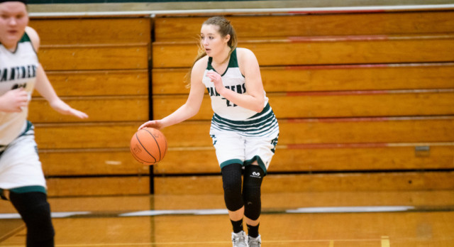 Girls Basketball Team Wins Sixth Straight Game, Gets to 7-0 in GLC
