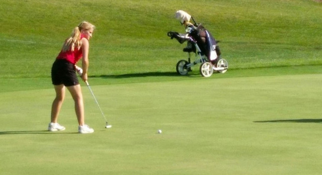 Girl's Golf Stunned By Chargers