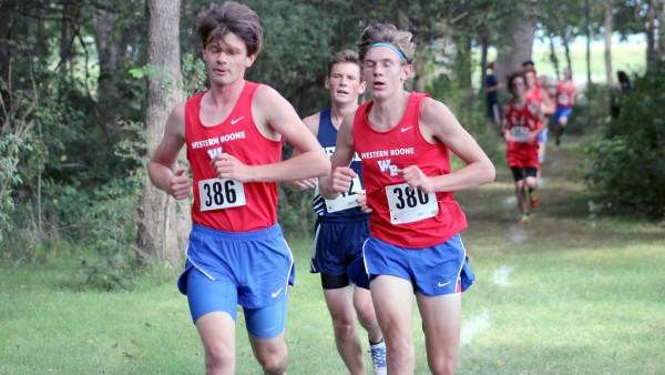 Stars Run Well at Charger Classic