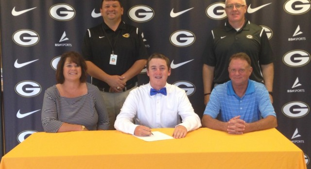 Jon Parker Signs Letter of Intent to play Golf at Lander University