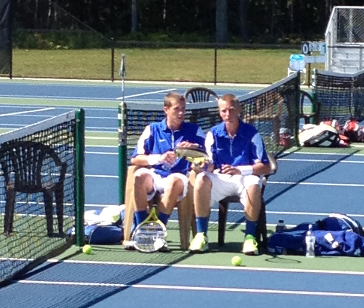 Mustangs challenge pair of state-ranked Division 4 tennis team thanks to strong doubles play